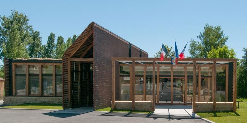 Agence-COQ-LEFRANCQ-Mairie-Castels-1.jpg